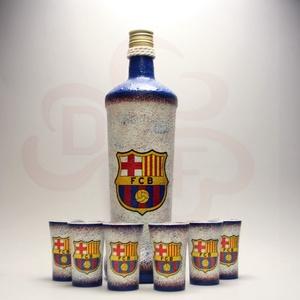 FC Barcelona pálinkás készlet ; Barcelona futball szurkolóknak, Otthon & Lakás, Dekoráció, Díszüveg, Decoupage, transzfer és szalvétatechnika, FC Barcelona pálinkás készlet ( 0,75l + 6x 45ml ) \n\nA saját foci csapatod  fotójával is elkészítjük...., Meska