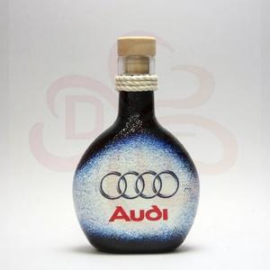Audi pálinkás flaska ; Audi rajongóknak, Otthon & Lakás, Dekoráció, Díszüveg, Decoupage, transzfer és szalvétatechnika, Audi pálinkás flaska ( 0,2l )\n\nA saját autód fotójával is elkészítjük. \nIgazi egyedi Audi autós aján..., Meska