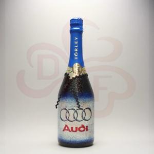 Audi logós pezsgő ; Audi rajongóknak, Otthon & Lakás, Konyhafelszerelés, Pohár, Decoupage, transzfer és szalvétatechnika, Audi emblémával díszített minőségi pezsgő audi autó kedvelő férfiaknak\n\nIgazi egyedi Audi autós aján..., Meska