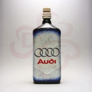 Audi pálinkás üveg audi rajongóknak, Otthon & Lakás, Dekoráció, Díszüveg, Decoupage, transzfer és szalvétatechnika, Audi pálinkás üveg ( 1l ) audi autó rajongóknak\n\nA saját autód fotójával is elkészítjük. \nIgazi egye..., Meska