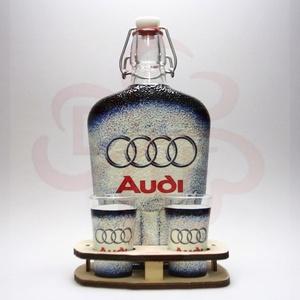 Audi ital készlet ; Audi rajongóknak, Otthon & Lakás, Konyhafelszerelés, Pohár, Decoupage, transzfer és szalvétatechnika, Audi ital készlet ( 0,5l  + 2 x 45 ml + fatartó ) ; Audi rajongóknak\nA pohár felső része nincs dekor..., Meska
