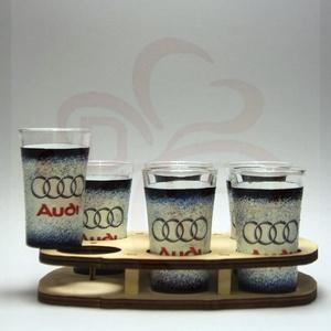 Audi pohár készlet ; Audi rajongóknak, Otthon & Lakás, Dekoráció, Díszüveg, Decoupage, transzfer és szalvétatechnika, Audi pohár készlet ( 6 x 45 ml + fatartó ) Audi rajongóknak\nA pohár felső része nincs dekorálva.\nA s..., Meska