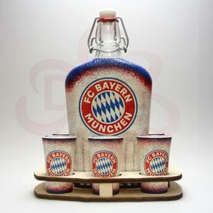 BAYERN MÜNCHEN pálinkás készlet ; foci szurkolóknak, Otthon & Lakás, Konyhafelszerelés, Pohár, Decoupage, transzfer és szalvétatechnika, BAYERN MÜNCHEN pálinkás készlet ( 0,5l + 6x 45ml + fatartó ) \n\nIgazán egyedi Bayern München szurkoló..., Meska