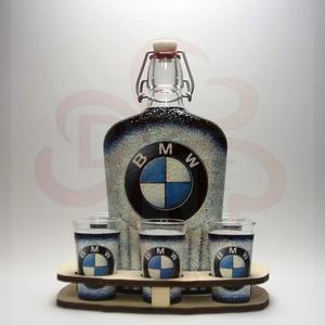 BMW pálinkás kínáló ; BMW rajongóknak, Otthon & Lakás, Dekoráció, Díszüveg, BMW pálinkás kínáló ( 0,5l + 6 x 45ml + fatartó )  A saját BMW autód fotójával is elkészítjük.   Iga..., Meska