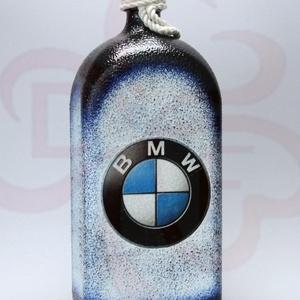 BMW pálinkás üveg ; BMW rajongóknak, Otthon & Lakás, Dekoráció, Díszüveg, Decoupage, transzfer és szalvétatechnika, Meska