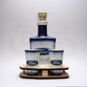 FORD whiskys készlet ; A saját Ford autód fényképével is! , Otthon & Lakás, Konyhafelszerelés, Pohár, Decoupage, transzfer és szalvétatechnika, FORD whiskys készlet ( 0,2 l + 2 x 45 ml + fatartó )  ;\n\nA saját Ford autód fotójával is elkészítjük..., Meska