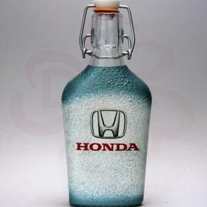 HONDA röviditalos csatosüveg ; Saját Honda autód fotójával is elkészítjük, Otthon & Lakás, Dekoráció, Díszüveg, HONDA röviditalos csatosüveg  ( 0,2 l üveg ) A saját autód fotójával is elkészítjük.   Ha szeretnél ..., Meska