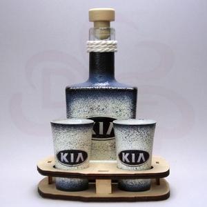 KIA emblémás pálinkás szett  ; A KIA márka rajongóinak, Otthon & Lakás, Konyhafelszerelés, Pohár, Decoupage, transzfer és szalvétatechnika, Meska