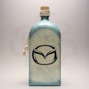 MAZDA italos üveg ; Mazda autó rajongóknak, Otthon & Lakás, Dekoráció, Díszüveg, Decoupage, transzfer és szalvétatechnika, MAZDA italos üveg ( 1l ) \n\nIgazán egyedi Mazda ajándék, férjnek, barátnak, rokonoknak.\nSzületésnapra..., Meska
