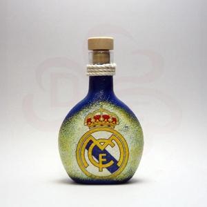 Real Madrid pálinkás flaska ; foci szurkoló férfiaknak, Otthon & Lakás, Dekoráció, Díszüveg, Decoupage, transzfer és szalvétatechnika, Meska