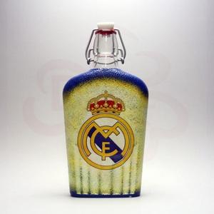 Real Madrid pálinkás csatosüveg ; Real foci szurkoló férfiaknak, Otthon & Lakás, Dekoráció, Díszüveg, Decoupage, transzfer és szalvétatechnika, Real Madrid pálinkás csatosüveg ( 0,5l ) \n\nIgazán egyedi Real Madrid szurkolói ajándék, férjeknek, b..., Meska