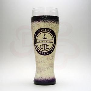 UTE sörös pohár ; UTE foci szurkolóknak, Otthon & Lakás, Konyhafelszerelés, Pohár, Decoupage, transzfer és szalvétatechnika, UTE sörös pohár ( 0,5 l ) \n\nIgazán egyedi UTE szurkolói ajándék minden sör szerető futball rajongó f..., Meska