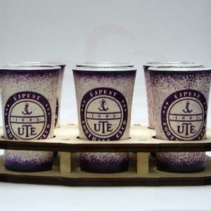 UTE pálinkás pohárszett ; UTE futball szurkolóknak, Otthon & Lakás, Konyhafelszerelés, Pohár, Decoupage, transzfer és szalvétatechnika, UTE pálinkás pohárszett ( 6 x 45ml + fatartó  ) \n\nIgazán egyedi UTE szurkolói ajándék minden italt s..., Meska