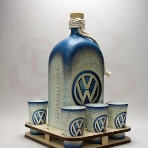 VOLKSWAGEN pálinkás szett ; Volkswagen autód fényképével is!, Otthon & Lakás, Konyhafelszerelés, Pohár, Decoupage, transzfer és szalvétatechnika, VOLKSWAGEN pálinkás szett ( 1l + 6 x 45ml +fatartó )\n\nA saját Volkswagen autód fényképével is! \nAján..., Meska