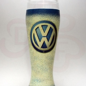 VOLKSWAGEN söröspohár ;  Volkswagen autód fényképével is!, Otthon & Lakás, Konyhafelszerelés, Pohár, Decoupage, transzfer és szalvétatechnika, VOLKSWAGEN söröspohár ( 0,5l )\n\nA saját Volkswagen autód fényképével is elkészítjük!\nAjándék szülina..., Meska