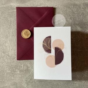 Trendi képeslap borítékkal és viaszpecséttel • K001, Esküvő, Emlék & Ajándék, Nászajándék, Fotó, grafika, rajz, illusztráció, Újrahasznosított alapanyagból készült termékek, Képeslap burgundi borítékkal és arany viaszpecséttel - szinte bármilyen alkalomra írhatsz bele szere..., Meska