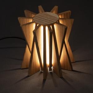 Star, Otthon & lakás, Lakberendezés, Dekoráció, Lámpa, Asztali lámpa, Hangulatlámpa, Famegmunkálás, Kézzel készült, egyedi éjjeli / hangulatlámpa.\nEz a kőrisből készült minimalista lámpa tökéletes han..., Meska
