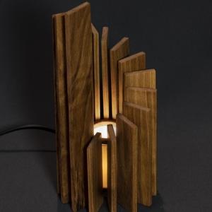 Tower, Otthon & lakás, Lakberendezés, Lámpa, Asztali lámpa, Hangulatlámpa, Dekoráció, Famegmunkálás, Kézzel készült, egyedi éjjeli / hangulatlámpa.\nEz a kőrisből készült minimalista lámpa tökéletes han..., Meska