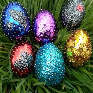 Húsvéti tojás, Otthon & lakás, Dekoráció, Ünnepi dekoráció, Húsvéti díszek, Lakberendezés, Asztaldísz, Mindenmás, Húsvéti tojás, azt hogy mi lenne az elkészítés módjának, technikájának a neve nem tudnám megmondani ..., Meska