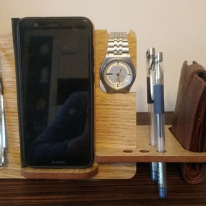 asztali telefontartó, Otthon & lakás, Lakberendezés, Tárolóeszköz, Famegmunkálás, Ha rendezett íróasztalt szeretsz, akkor ajánlom neked ezt a telefon tartót, amin fontosabb dolgaidat..., Meska