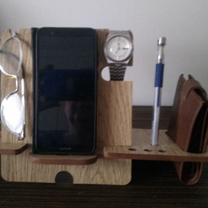 asztali telefontartó, Ebook & Tablet tok, Laptop & Tablettartó, Táska & Tok, Famegmunkálás, Ha rendezett íróasztalt szeretsz, akkor ajánlom neked ezt a telefon tartót, amin fontosabb dolgaidat..., Meska
