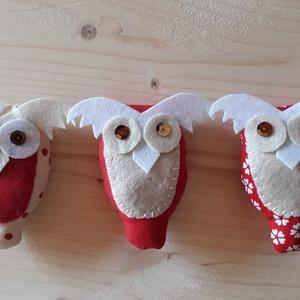 Bagoly, Otthon & Lakás, Karácsony & Mikulás, Karácsonyfadísz, Varrás,  Baglyokat a fára.\nPamutból és filcből készültek. A szemek flitterből vannak.\nMérete: 9 x 5 cm.\n\n..., Meska