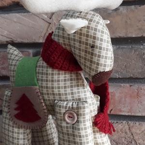 Jávorszarvas, Karácsony & Mikulás, Karácsonyi dekoráció, Varrás, Kötés, Újra az adventi készülődés hangulatában készítettem a jávorszarvast.\nPamut anyag, a teste vatelinnel..., Meska
