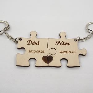 Kulcstartó pároknak, puzzle kulcstartó, névreszóló kulcstartó, gravírozott kulcstartó, Táska & Tok, Kulcstartó & Táskadísz, Kulcstartó, Famegmunkálás, Gravírozás, pirográfia, Egyedi, az általad megadott nevekkel gravírozott kulcstartó pároknak. (A dátum választható ha szeret..., Meska