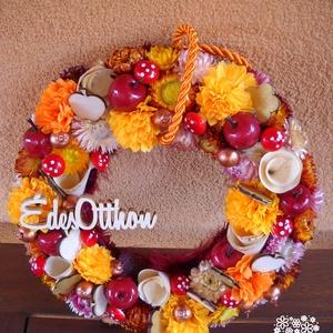 Őszi kopogtató, Otthon & lakás, Dekoráció, Lakberendezés, Ajtódísz, kopogtató, Virágkötés, A kb 22*22 cm-es szalmaalapra készült ősz színeit idéző koszorú kiváló dísze lehet ajtónknak, lakásu..., Meska