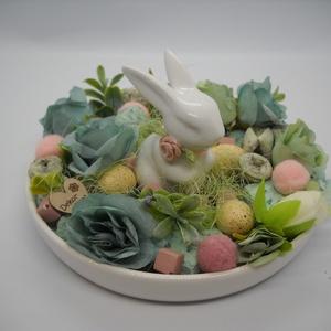 Nyuszis asztali dísz, Otthon & lakás, Lakberendezés, Asztaldísz, Virágkötés, Porcelán tál porcelán nyuszival a húsvéti asztalra! :) Kb.16 cm-es., Meska