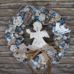 Angyalkás kopogtató, Otthon & Lakás, Karácsony & Mikulás, Karácsonyi kopogtató, Virágkötés, Kis méretű (20 cm-es) kék- ezüst színvilágú angyalkás kopogtató termésekkel, karácsonyi díszekkel...., Meska