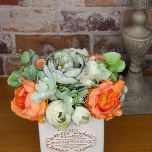 Virágos asztaldísz, Otthon & Lakás, Dekoráció, Dísztárgy, Virágkötés, A kb. 13*15 cm-es asztali dísz igazi üde színfoltja lehet bármilyen otthonnak. Az ugyanilyen színű t..., Meska