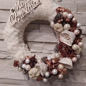 Karácsonyi ajtódísz, kopogtató, pihe puha szőrmés alapon réz-fehér dekorációval. 20cm (dekorstilus2006) - Meska.hu