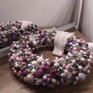 Exclusiv karácsonyi asztali dekoráció Mérete: kb 35-+37 cm, Karácsony & Mikulás, Karácsonyi dekoráció, Virágkötés, Exclusiv karácsonyi asztali dekoráció, nagyméretű, gyönyörű. Mérete: kb 35-37 cm\n35 cm alap bevonva ..., Meska