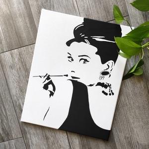 Audrey Hepburn 1 vászonkép, Kép & Falikép, Dekoráció, Otthon & Lakás, Fotó, grafika, rajz, illusztráció, Festészet, A kép jó minőségű, keretre feszített vászonra készül, mely közvetlenül falra akasztható. A mintát ké..., Meska