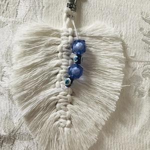 Kulcstartó, Táska & Tok, Kulcstartó & Táskadísz, Kulcstartó, Csomózás, Makramé technikával készült, újrahasznosított pamut fonal felhasználásával. Török kék amulett gyöngy..., Meska