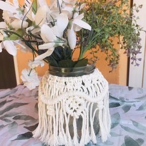 Makramé váza, Otthon & Lakás, Dekoráció, Váza, Csomózás, Makramé tecnikával készítettem ezt a  vázát,  amely akár gyertyatartóként  is funkcionálhat, újrahas..., Meska
