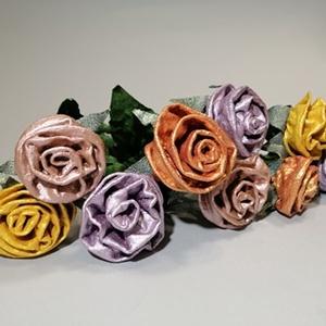 3D-s, örök, egyedi rózsaszálak, Otthon & Lakás, Dekoráció, Csokor & Virágdísz, Újrahasznosított alapanyagból készült termékek, Textilszobrászattal készült, megkövesített rózsaszálak, melyek örökké tartanak. Gyönyörű metál színe..., Meska