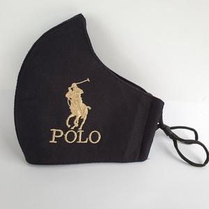 Fekete POLO  aranyhimzett  felnőtt szájmaszk, maszk, , Maszk, Arcmaszk, Hímzés, Varrás, A szájmaszk fekete 3 rétegű védelemmel van ellátva.\nKívül pamut, belül puha viszkóz áteresztő jól át..., Meska