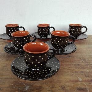 Kávés készlet apró pöttyös, Otthon & lakás, Konyhafelszerelés, Bögre, csésze, Lakberendezés, Kerámia, Mindenmás, Kézzel korongozott, vörösre égő agyagból készült, kívül-belül mázas  kávés csészék.\nA csésze 5 cm ma..., Meska