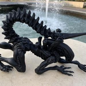 Kúszó Alien 37,5 cm-es szobor, Művészet, Szobor, Mindenmás, Matt fekete, nagyon dögös, kúszó Alien szobor, 3D-nyomtatott. , \n\nRajongóknak vagy rajongóknak, vagy..., Meska