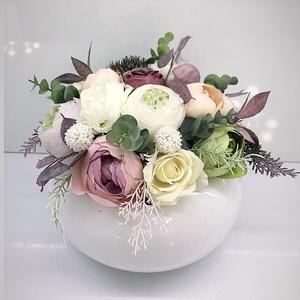 Tavaszi asztaldísz, Otthon & Lakás, Dekoráció, Asztaldísz, Virágkötés, Kerámia kaspóba gyönyörű selyem virágokat tettem .\nA postaköltségek a mindenkori díjszabás szerintie..., Meska