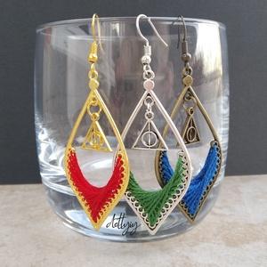 Harry Potter fonal fülbevaló (Griffendél) - ékszer - fülbevaló - lógó csepp fülbevaló - Meska.hu