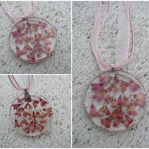 Rózsaszín rezgő virág gyanta nyaklánc ékszer, Ékszer, Nyaklánc, Medálos nyaklánc, Ékszerkészítés,  Rózsaszín rezgő virágcsokor. Nőies, romantikus és bájos. Átlátszó, gyantából készült könnyű viselet..., Meska