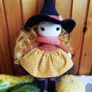 Horgolt Halloween boszorkány (Diana3021) - Meska.hu