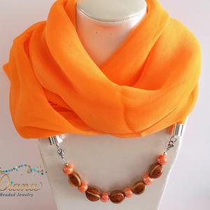 Tavaszi sál - Narancs ékszerkendő kerámia gyöngyökkel, Nyakpánt, gallér, Nyaklánc, Ékszer, Ékszerkészítés, Narancssárga chiffonból készült ékszerkendő. Az ékszerláncot 5 db 16 x 11 mm-es narancs színű, külön..., Meska