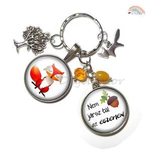 Rókás kulcstartó, őszi hangulat, vicces ajándék, vörös-narancssárga, ravasz róka, egyedi ajándék , Ékszer, Ékszerszett, Ékszerkészítés, Fotó, grafika, rajz, illusztráció, Őszi hangulatú, vicces, rókás kulcstartó. \nKiváló ajándék szeretteidnek, barátaidnak. \nA képek méret..., Meska