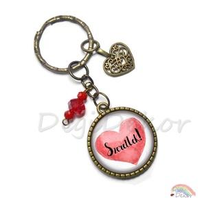 Piros szíves feliratos kulcstartó szerelmeseknek, ajándék Valentin-napra, házaspároknak, pároknak, bronz medál, gyöngyös, Ékszer, Egyéb, Táska, Divat & Szépség, Kulcstartó, táskadísz, Ékszerkészítés, Fotó, grafika, rajz, illusztráció, Feliratos kulcstartó szerelmeseknek\nTöbbféle mintával kérhető (lásd a második képet)\n\nA kép mérete 2..., Meska