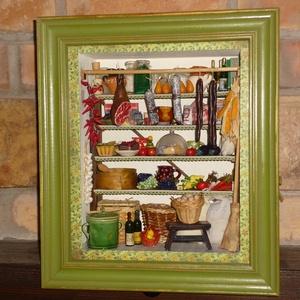 Kamra dioráma, Egyéb, Lakberendezés, Otthon & lakás, Dekoráció, Képzőművészet, Mindenmás, A dioráma egy kamra berendezését ábrázolja. A polcon élelmiszerek, használati tárgyak kicsinyített m..., Meska