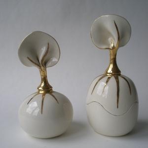 ékszertartó és parfümös palack szett, Ékszer, Ékszertartó, Ékszertartó és parfümös palack szett arannyal festett elegáns ajándék. Fogantyúja dekoratív levél fo..., Meska